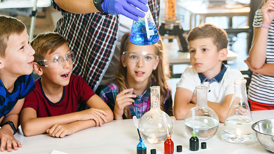 kids working on science